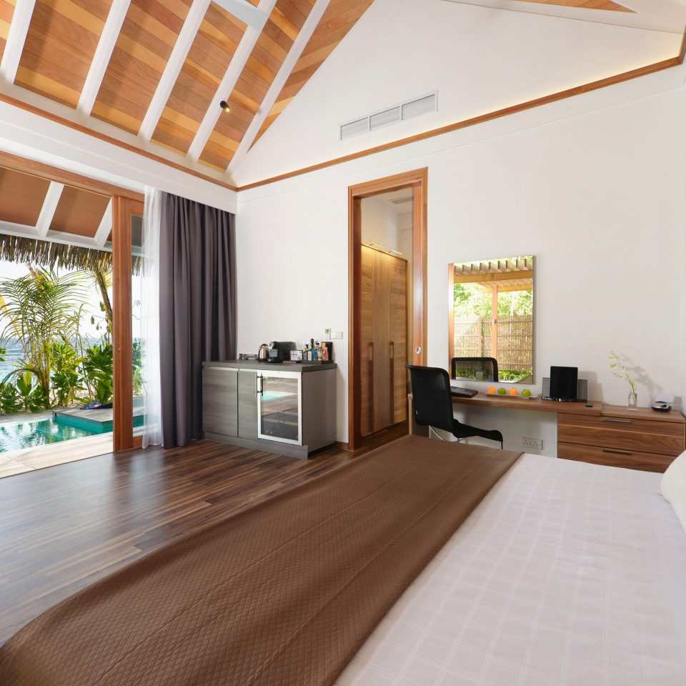 property Bedroom home Villa hardwood living room Suite cottage Resort condominium wood flooring