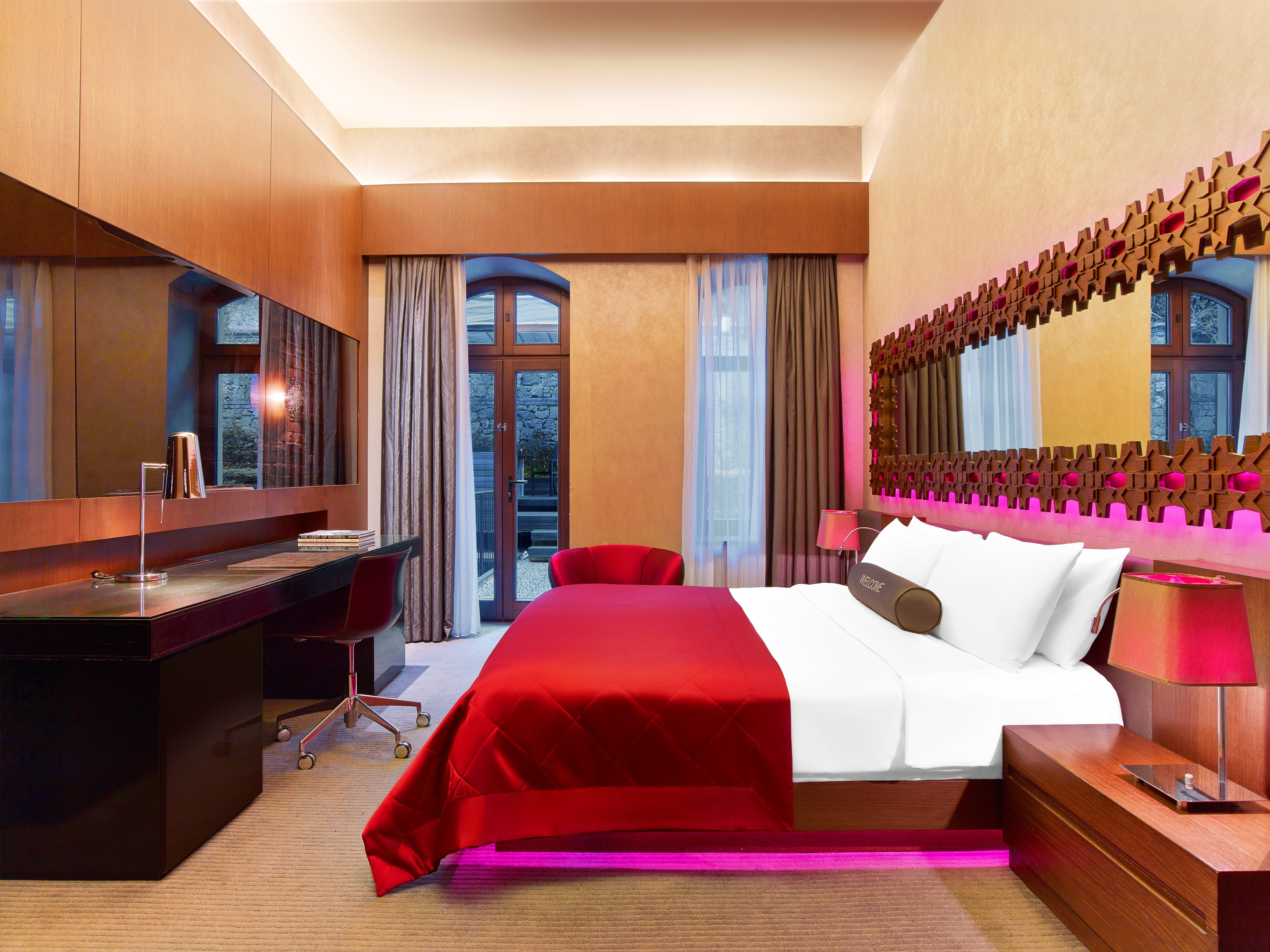 property Suite Resort red Bedroom living room Villa