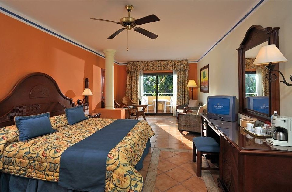 property Bedroom cottage home living room Villa Suite farmhouse recreation room Resort