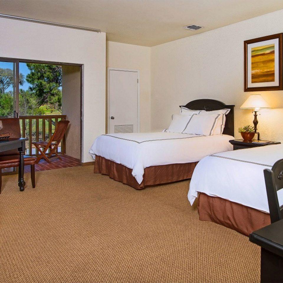 property Suite cottage home condominium Villa living room Resort Bedroom