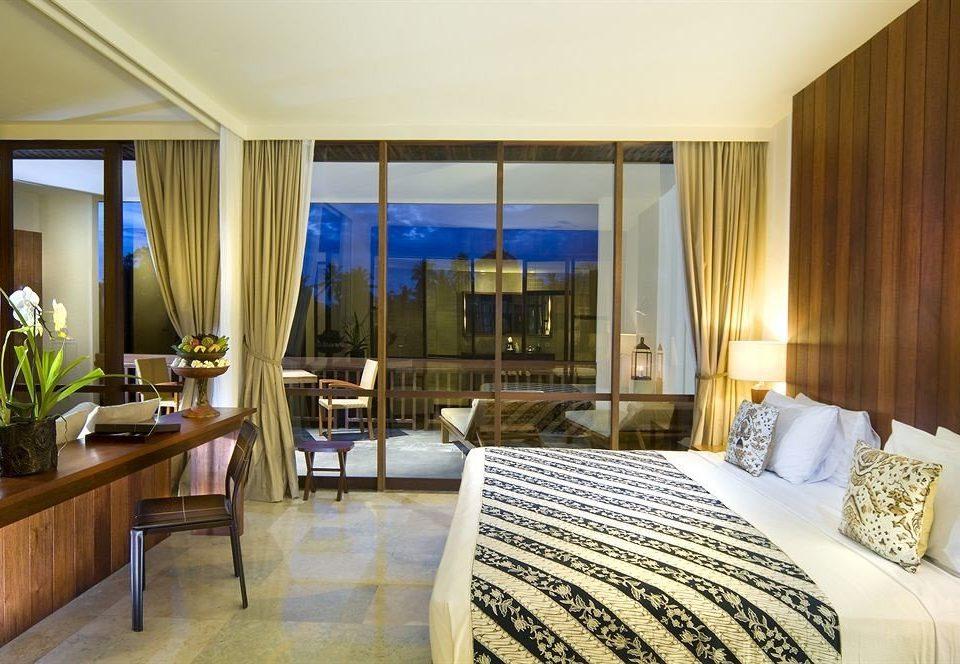 property Bedroom Suite Resort condominium curtain Villa