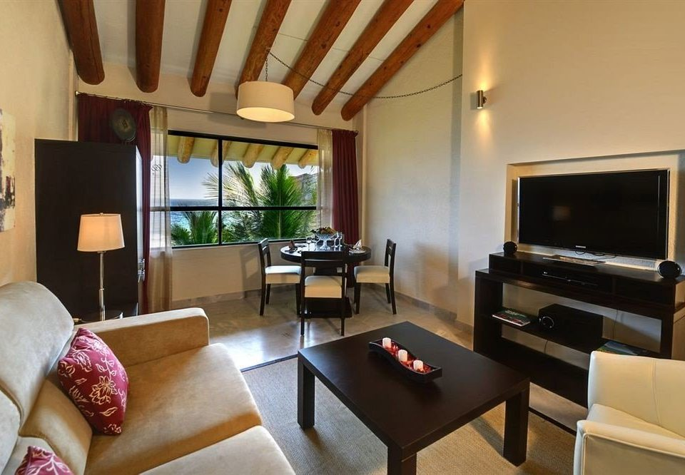 sofa property living room Suite Villa condominium home cottage Resort flat leather Bedroom