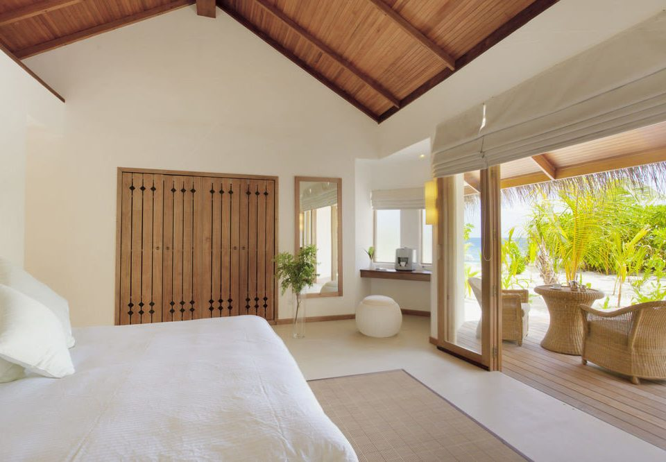 property Bedroom home Villa cottage living room Suite Resort farmhouse