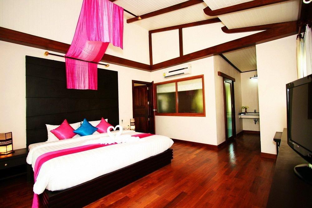 property Suite recreation room Resort Villa living room Bedroom hard