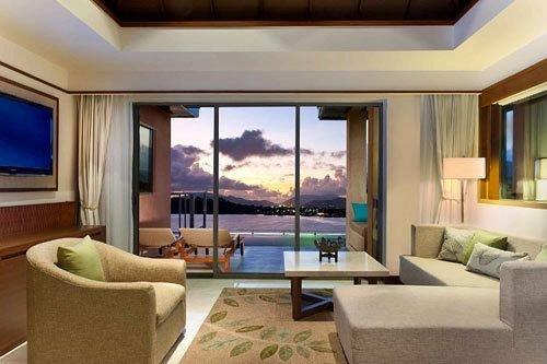 sofa property condominium living room Suite Villa home Resort swimming pool Bedroom mansion cottage nice flat