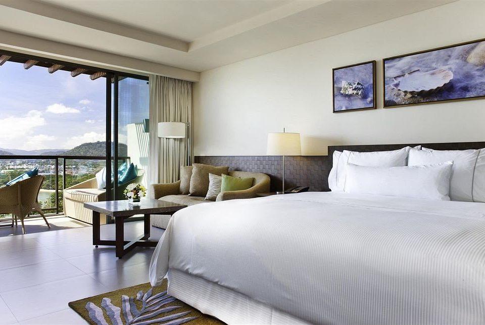 sofa property Bedroom Suite condominium home Villa cottage living room Resort