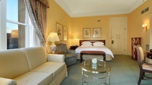 sofa property Suite cottage Villa condominium living room Resort Bedroom