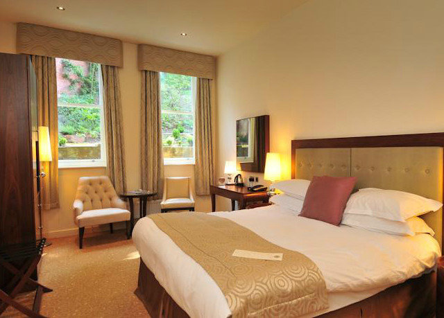 property Bedroom Suite cottage Resort Villa nice