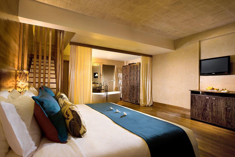Bedroom property Suite home cottage Resort mansion Villa flat
