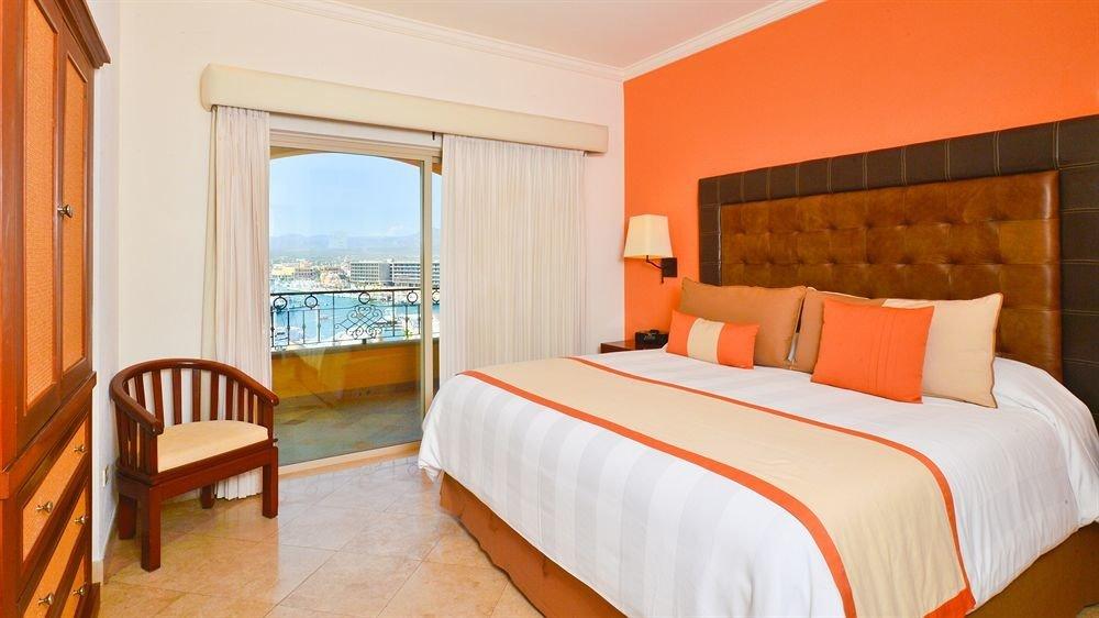 Bedroom sofa property Suite cottage Resort Villa