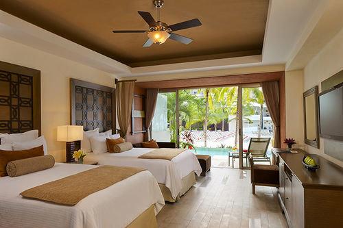 property living room Suite Resort Villa home cottage condominium Bedroom farmhouse mansion