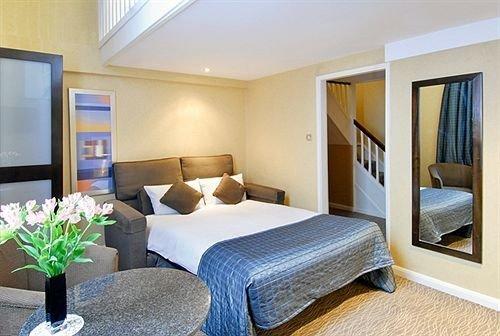 property Suite condominium Bedroom cottage Resort Villa