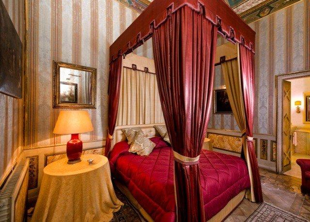 property building Suite curtain Resort cottage Bedroom Villa mansion