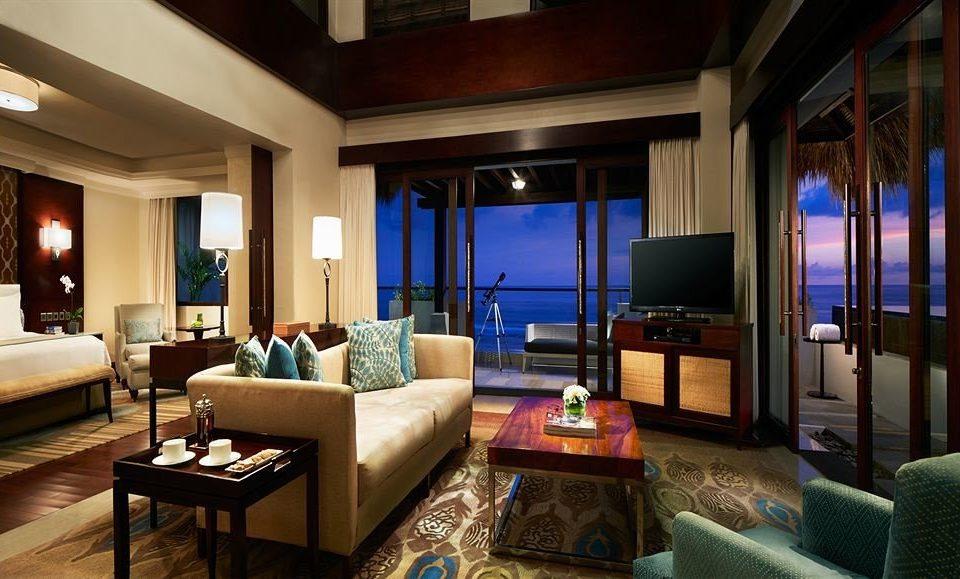 sofa property living room home Suite Resort Villa condominium mansion Bedroom cottage lamp