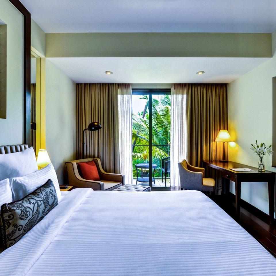 property Suite condominium Bedroom living room home Villa Resort cottage
