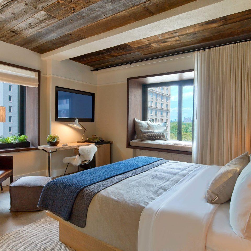 sofa property Bedroom living room Suite home cottage condominium Villa Resort farmhouse