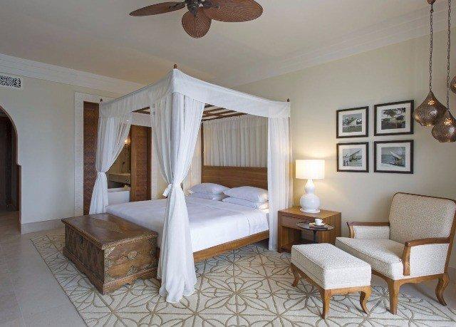 property Villa cottage Suite Bedroom living room Resort farmhouse