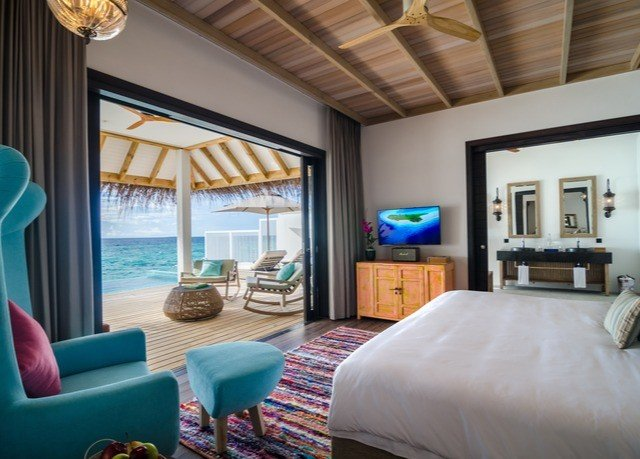 property Bedroom living room home cottage Suite Resort Villa condominium