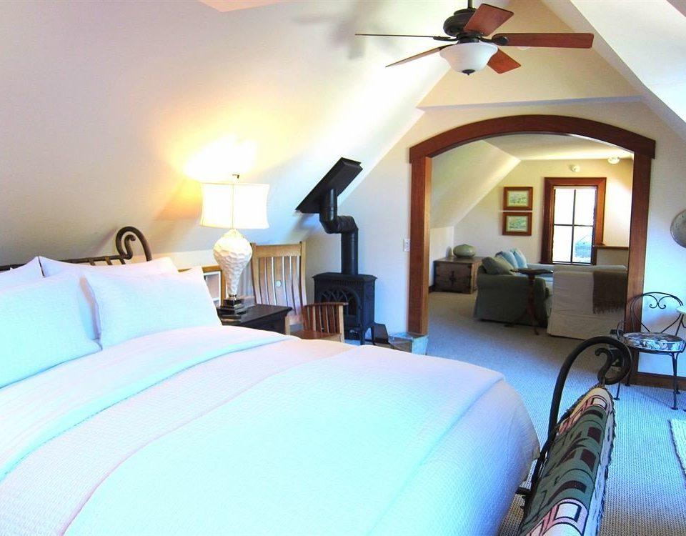 property Bedroom cottage Villa Suite bed sheet Resort