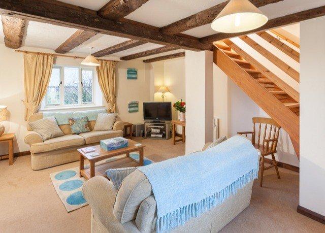property Bedroom cottage Villa living room Resort Suite