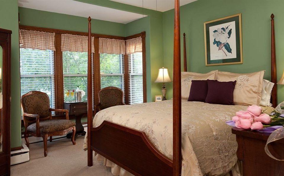 property Bedroom Suite cottage home living room Resort Villa