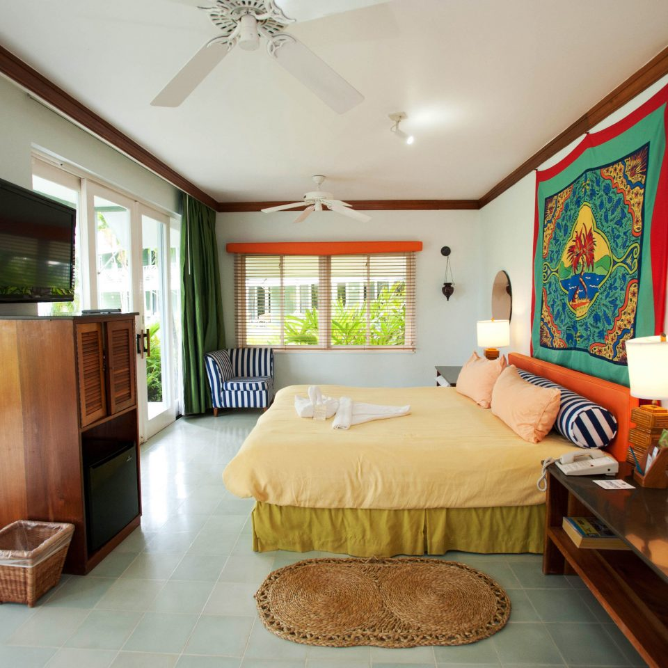 property Bedroom home living room cottage Suite Villa condominium mansion Resort