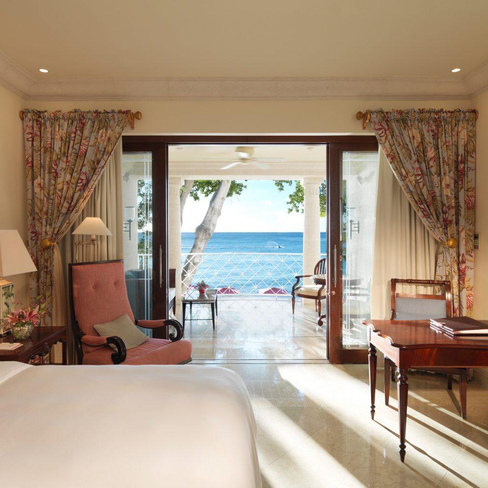 property Suite living room condominium Villa Resort cottage Bedroom