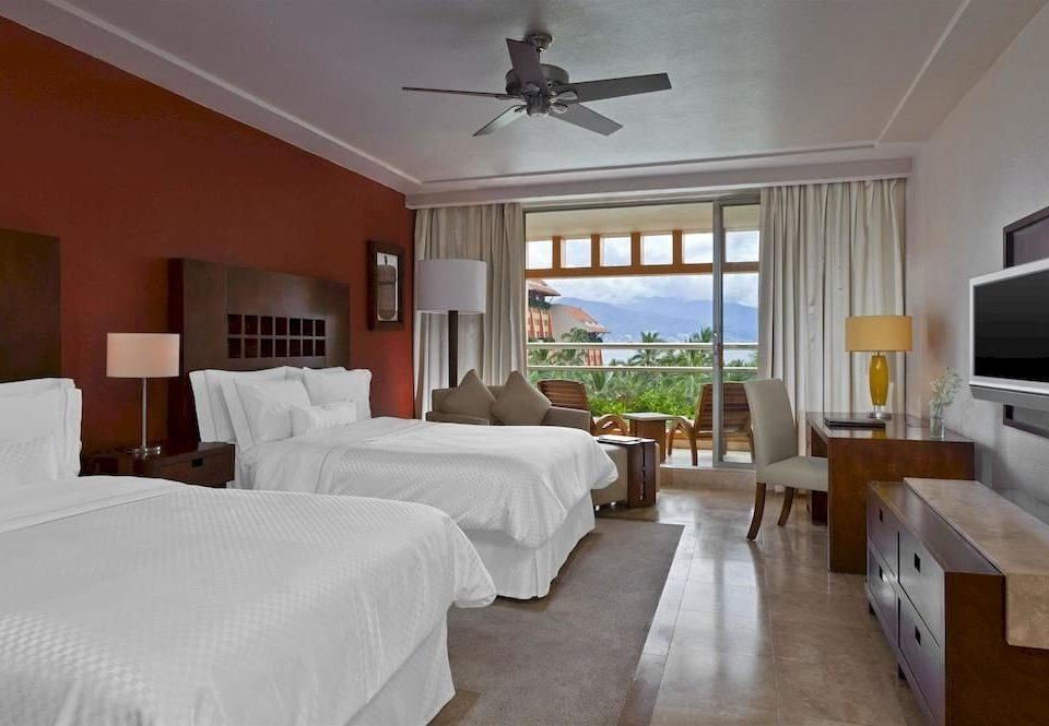 Bedroom Resort property Villa cottage Suite home living room condominium mansion