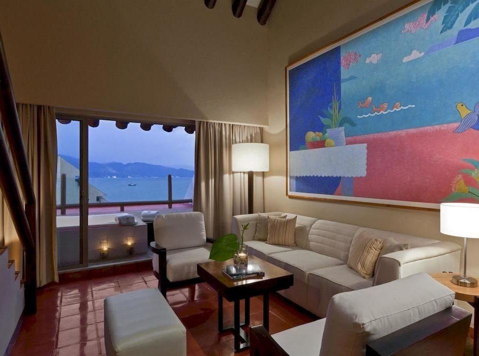 Resort property living room Suite condominium Villa cottage Bedroom