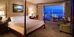property Bedroom Suite Resort cottage Villa condominium