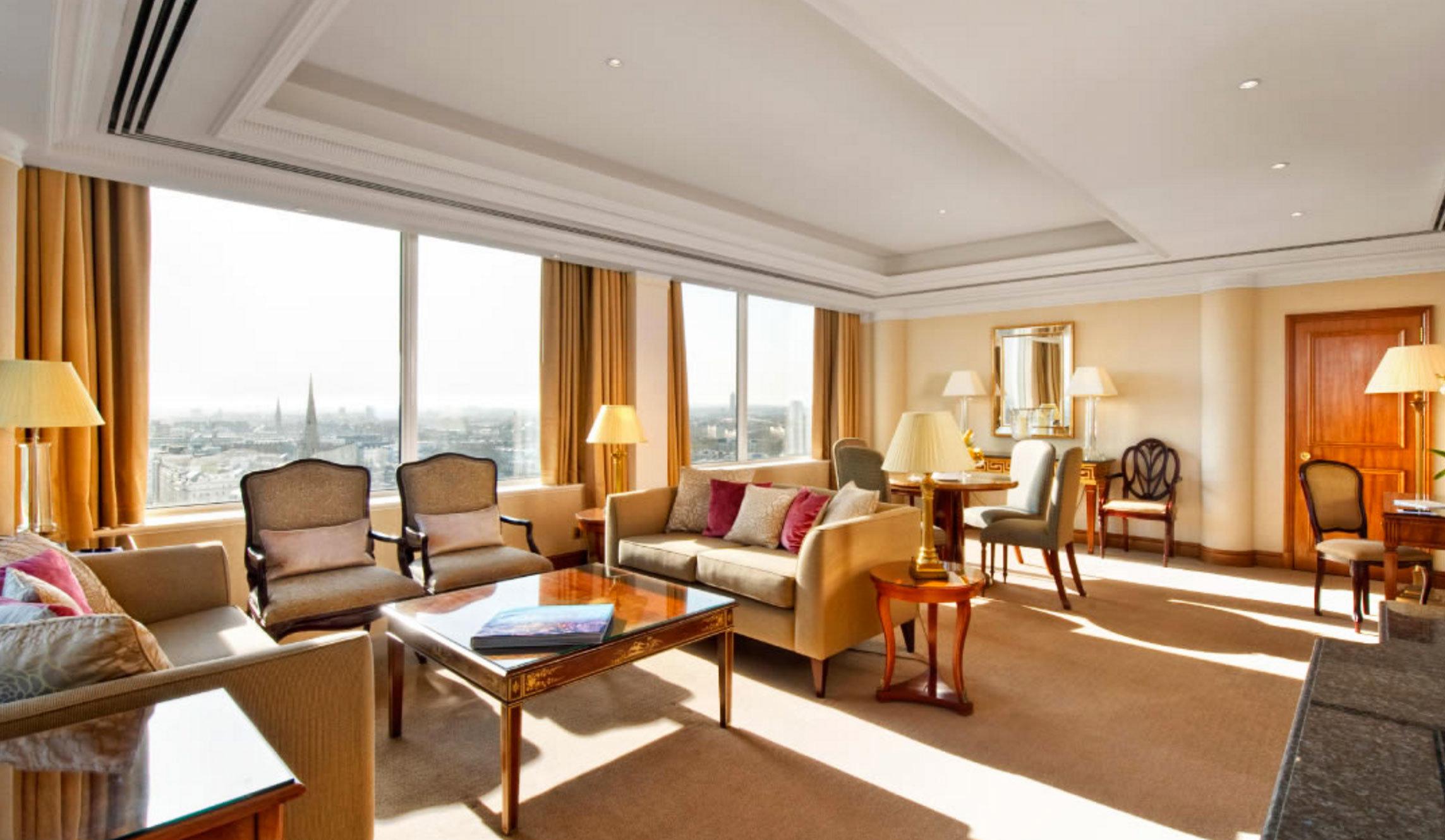 property Suite living room Resort condominium Villa home cottage Bedroom