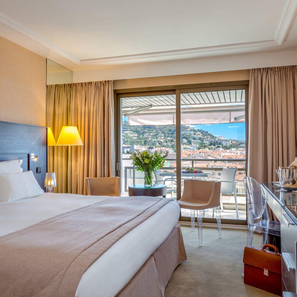 Bedroom property Suite cottage home condominium Resort Villa