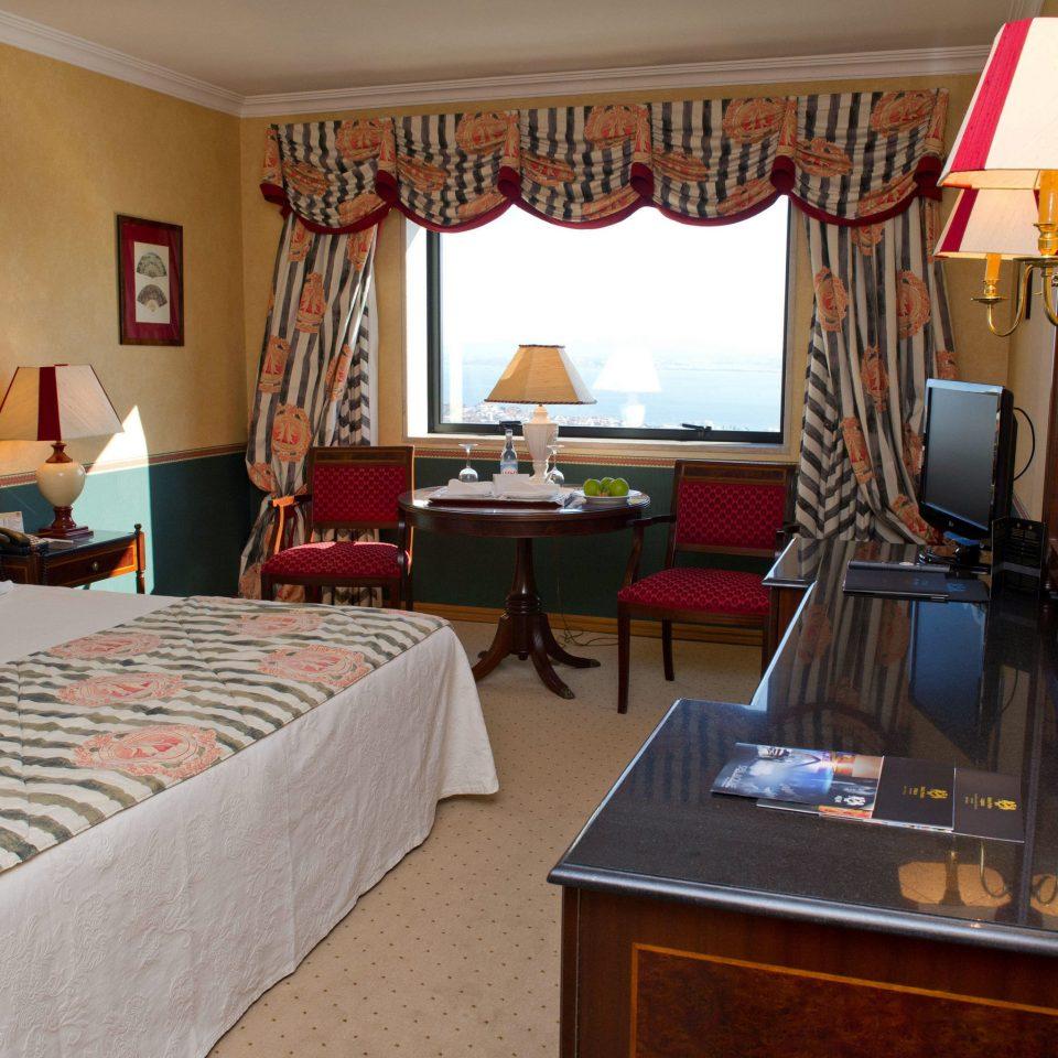 property Suite cottage Bedroom home Resort Villa living room