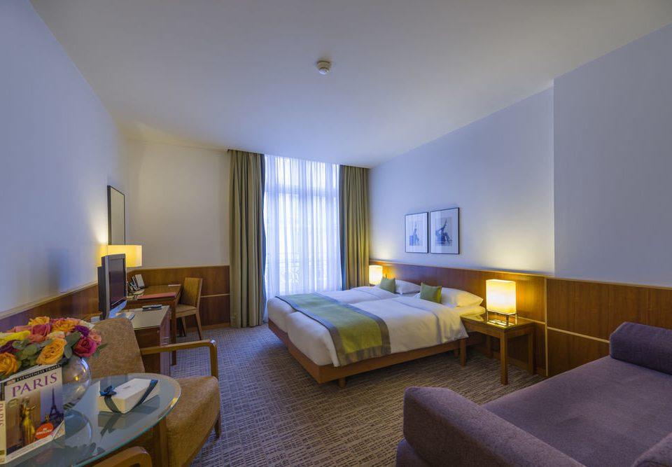 property Bedroom Suite Resort Villa condominium cottage flat