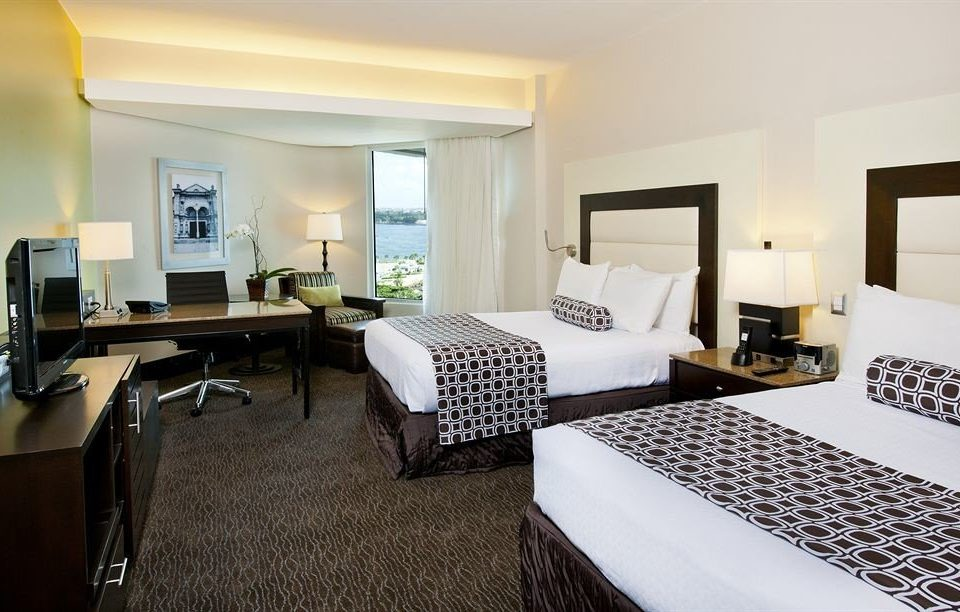 property Suite Bedroom condominium Villa living room Resort