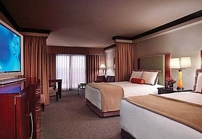 property Bedroom Suite cottage vehicle Resort condominium Villa