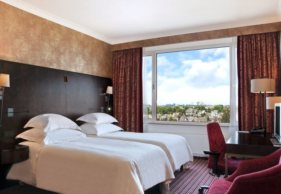 Bedroom property Suite Resort cottage Villa living room condominium