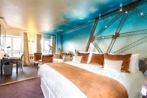 property Resort Suite Villa condominium yacht Bedroom