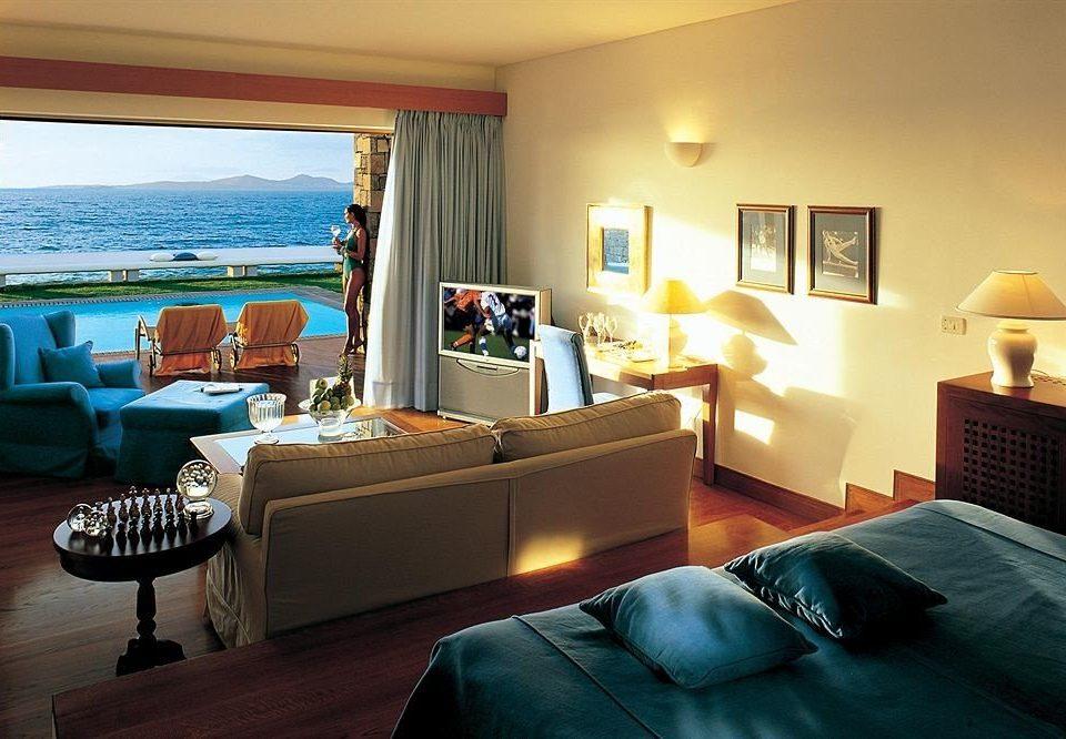 property Suite living room scene home Bedroom cottage Villa Resort