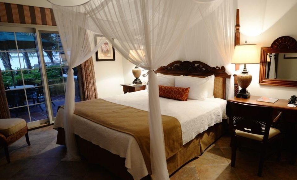 property Bedroom curtain Suite cottage Villa Resort