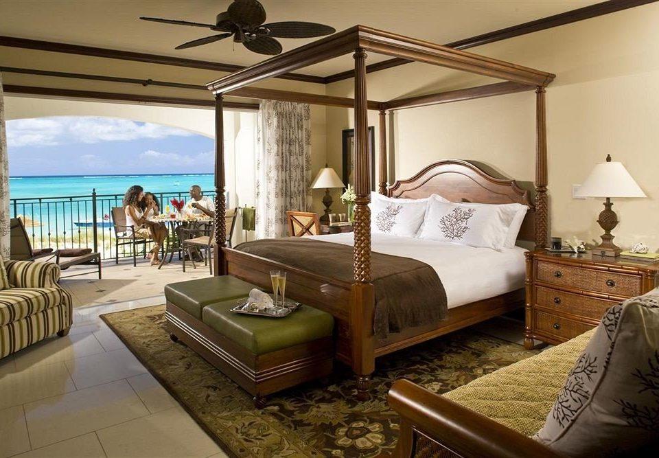 property Bedroom home Villa cottage Resort Suite living room condominium