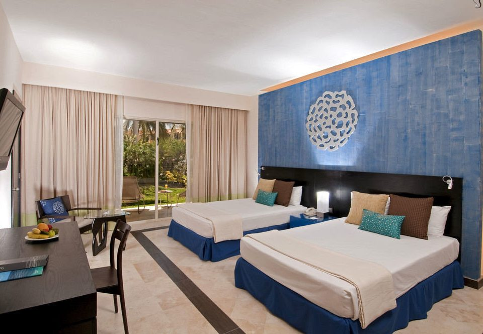 property Suite condominium living room Resort Bedroom Villa