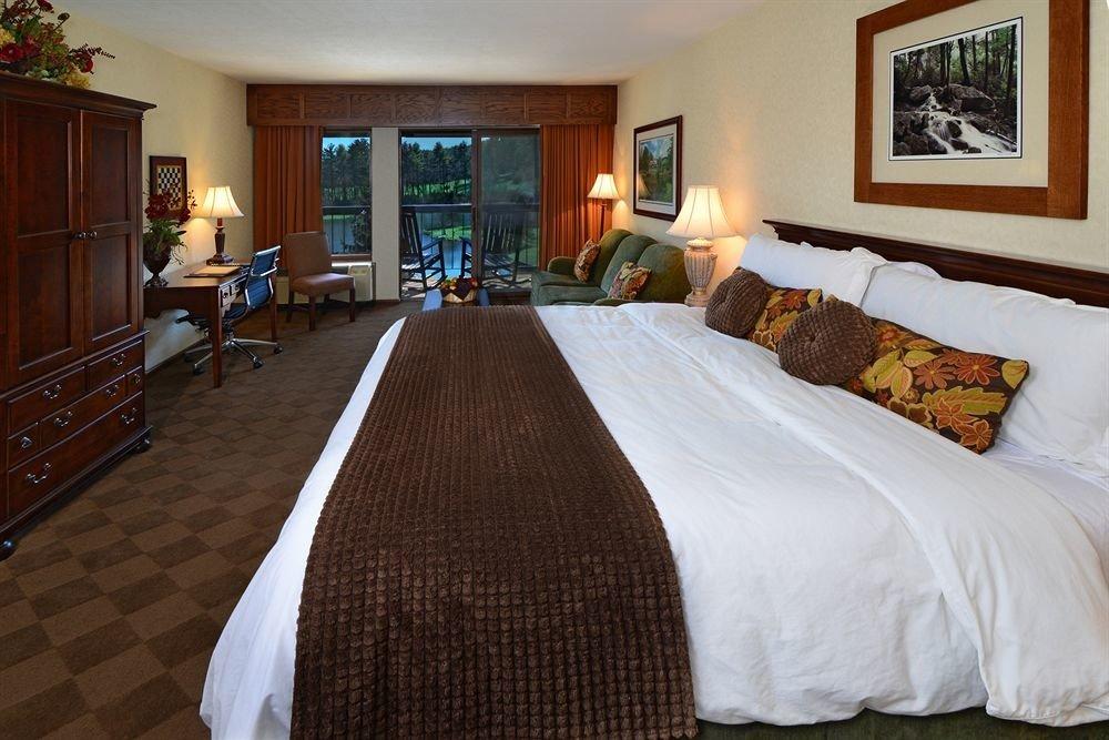 property Bedroom Suite hardwood cottage Villa Resort mansion