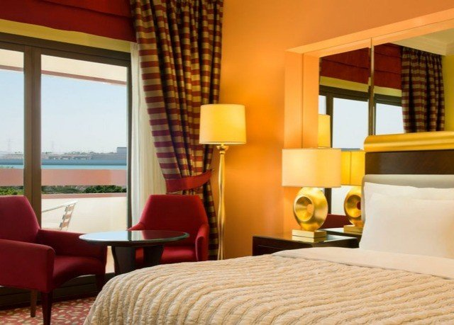 chair property Suite Resort condominium cottage Villa Bedroom