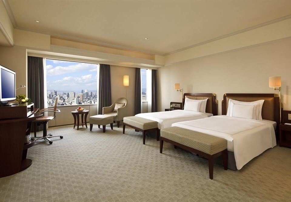 Bedroom property Suite condominium Resort living room Villa flat