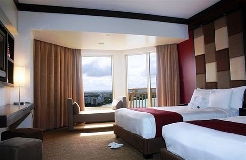 sofa Bedroom property condominium Suite Resort Villa cottage living room flat