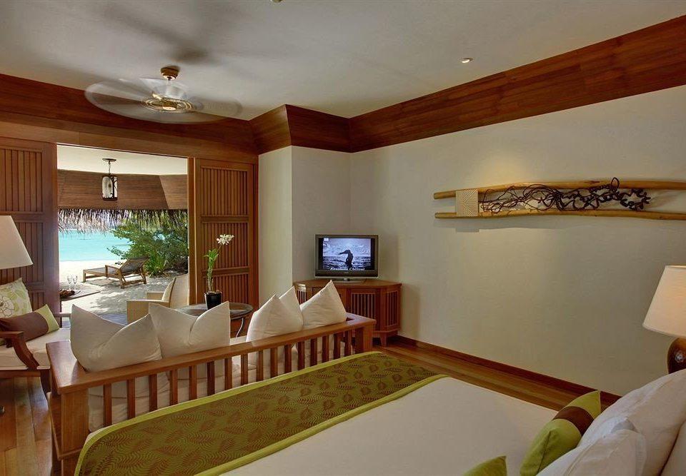 property Bedroom cottage Villa home Resort Suite