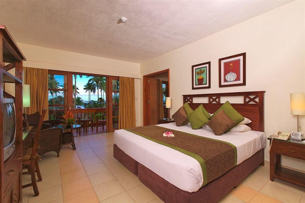 property Bedroom Resort Villa Suite cottage condominium