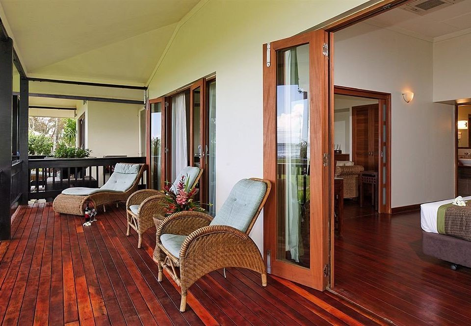 property Suite hardwood home cottage Bedroom Villa Resort living room wood flooring