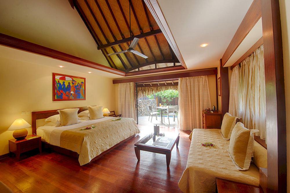 property Suite Resort cottage living room home Bedroom Villa